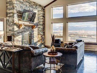 Crazy Mountain Lodge - Main Lodge Sleeps 12 - 16 with Option to Add Second House