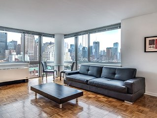 Brand New 1 Bedroom , Super Luxury Doorman Gym, Roof Deck & Amazing City Views