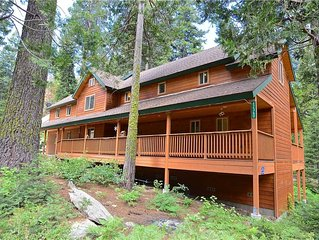 Bear Bottom Cabin: 4 BR / 3.5 BA  in Shaver Lake, Sleeps 12