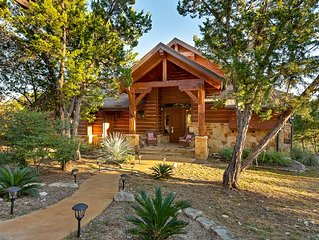 Beautiful Cottage with Awesome Hill Country View - Resort 4 Pools, Trails...