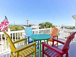 Pet Friendly Home with Great Beachviews and Lighthouse Views
