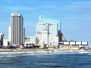 == 2018 booking only == June 29 - July 6, 2018 == DIRECTLY on Boardwalk