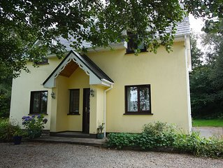 Lovely private woodland Home yet within walking distance of Kenmare.