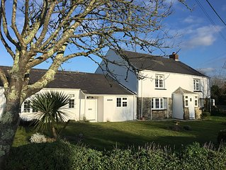 Delightful cottage within a mile of Constantine Beach and Trevose Golf Club