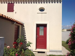 home in secure private residence with swimming pool, internet and bikes