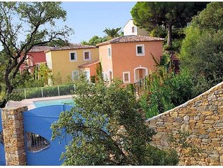 Very recent House - T4 - 130 m2 - 3 bedrooms with bathroom and WC