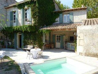 Maison Provencale du 18e de 160m2, Piscine-Spa, jardin, terrasse ombragee