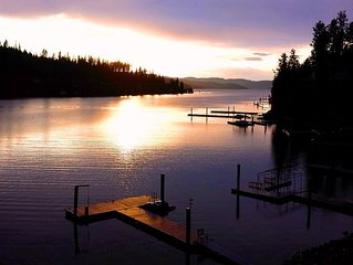 Lakefront, Close to Coeur d'Alene and Golf, Dock, Paddle Boat, and Kayak
