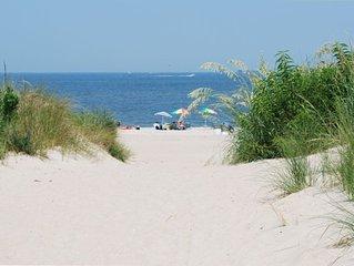 Charming Condo * Wide, Sandy Chesapeake Bay Beach (Twin condo is vrbo #921880)