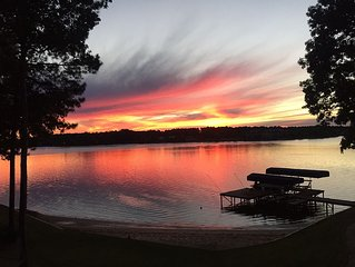 Master's and Vacation Lakefront  Rental 5 BR/3 BA At Reynolds Lake Oconee