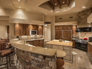 Secluded Estate in the Heart of Paradise Valley/Scottsdale