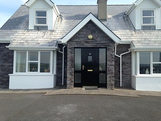 Waverley. Liscannor Co. Clare. Detached 4 bed/3 bathroom  holiday house. Wifi.
