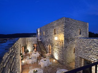 Forte Sorgnano with Castle,apartments, restaurant, area relax and farm!