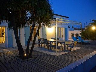 Villa de standing avec piscine dans un environnement calme et sauvage