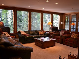 Spacious Alta/ Snowbird Hideaway. Ski In/ Ski Out Family Friendly Condo.
