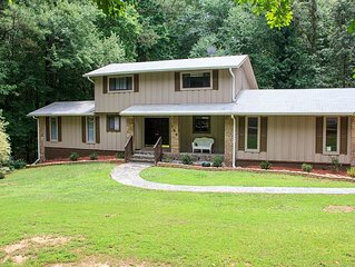 Spacious Furnished 3 Level Home in Fayetteville with Guest Suite & Jacuzzi!