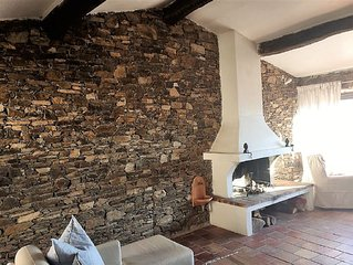 Charming Provencal stone house with roof terrace and stunning Fernblick
