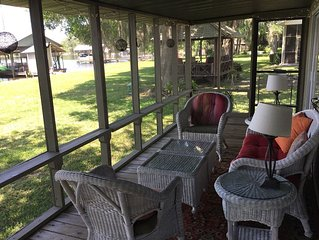 Lakefront Fishing Cabin with Shady Oaks - Pets Welcome!