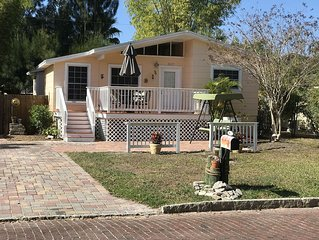 SeaSide Suite Spot, Gulfport, Fl - Key West & St.Augustine's Artsy Love Child !