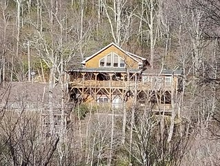 Smoky Mountain Cabin Paradise With Spectacular 180 Degree View