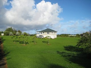 Paradise Found! Serene Kilauea 2 Bedroom North Shore Cottage, Kauai