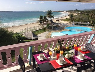 Amazing OCEAN VIEW apartment, BEACHFRONT Orient Bay, St Martin French Caribbean