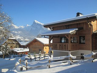 8/10 *** Chalet located in the town center 200m from the gondola and slopes