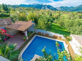 MAIA - Villa for 6 people in Moscari.