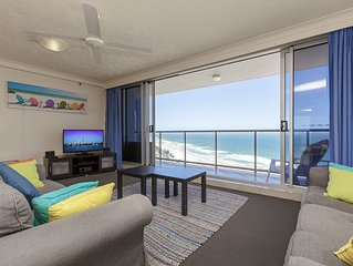 Stunning Beachfront 2-bed Apartment on Gold Coast