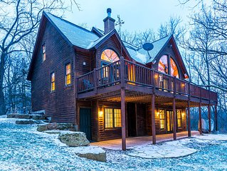 Striking 4 Bd/3.5 Ba, Incredible Wooded Views, Fireplace, Pool Table, Fire Pit