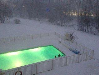 Appartement pieds des pistes quartier des Bergers residence 4* avec piscine