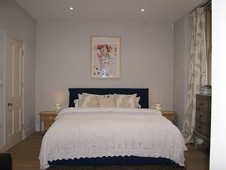Next To Kensington Gardens Fabulous Studio With Own Entrance In Private House