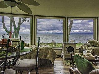 Vermilion Ohio Beautiful Lake Front Beach House