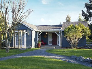 Stay in the heart of Parksville, 3 bdrm, 2 bath - SUMMER DATES STILL AVAILABLE