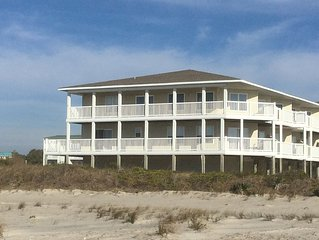 BEAUTIFUL 4Br/3Bath OCEANFRONT Condo with 2 balconies in Southern Shore Villas