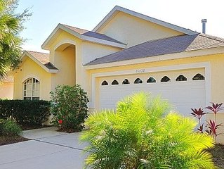 Private 5 Bedroom Villa Near Disney, free WI-FI 10% OFF LONG TERM RENTALS