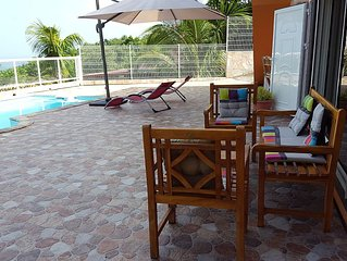 T2 neuf avec  piscine et vue sur mer  pour 1 famille de 4 personnes + 1 bebe