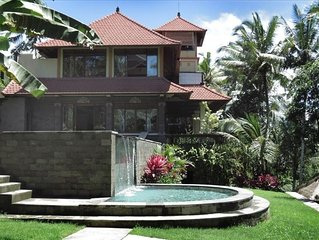 Tranquil/elegant luxury estate walking distance to Ubud
