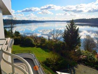 Panoramic View Lake Washington, Olympic Mts - between Seattle/Bellevue/Eastside
