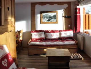 Lauzieres Val Thorens 4 persons 26 m2 with a conci