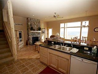 3/22 - 4/3 Spring Break Lake Superior home Close to Lutsen Mtns & Other Skiing