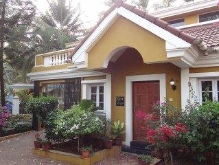 Boutique Villa Betalbatim, South Goa, beach 10 min. walk,swimming pool,garden