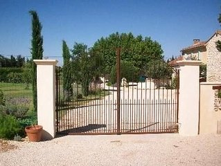 Mas provencal de caractere de 90m2 a Pernes-Les-Fontaines (proche ventoux)