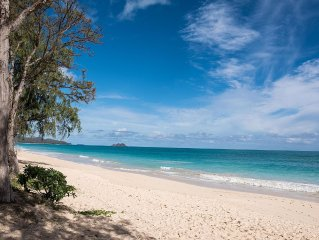 Hawaiian-Style Country w/ Modern Luxuries. Just STEPS from Waimanalo Beach!