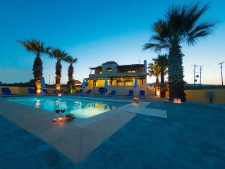 Blue Asteri Villa, Beach Front, Private pool, sleeps up to 15 people