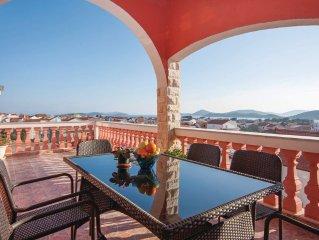 2 bedroom accommodation in Tribunj