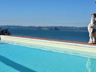 8 Sleeps Vintage Villa With Shared Pool And Stunning Lake Views - Torri del Ben