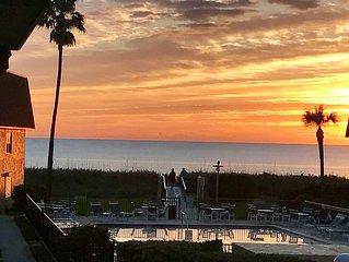 Amazing Ocean Views - Family Friendly - Near Cocoa Beach Pier