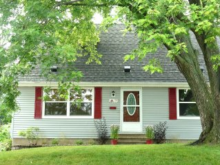 Comfortable, Sparkling Home Close to Mayo Clinic, St. Mary's Hospital & Downtown