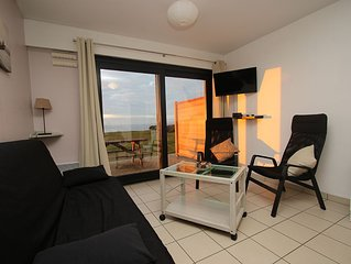 Appartement face a la mer residence 'La Naturelle', Chambre, Wifi, Parking prive